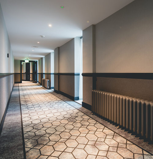 The Dixon Hotel - Reception corridor